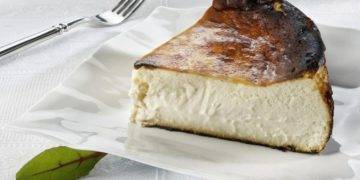 how-to-make-a-cheesecake-in-ten-minutes-without-using-the-oven